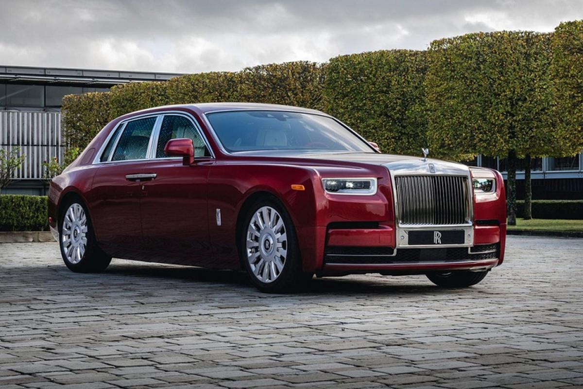 Xe sieu sang Rolls-Royce Phantom RED ngoai that rac bui pha le