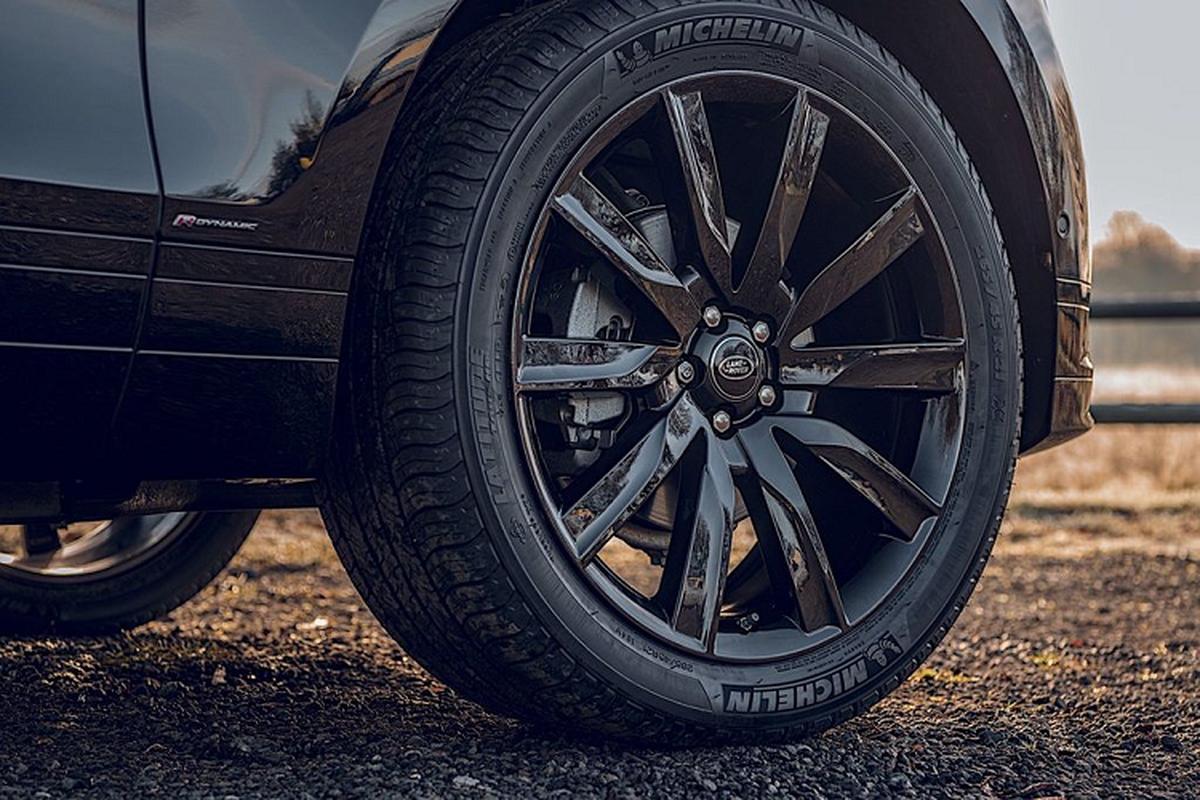 Xe sang Range Rover Velar Black moi tu 1,75 ty dong tai Anh-Hinh-4
