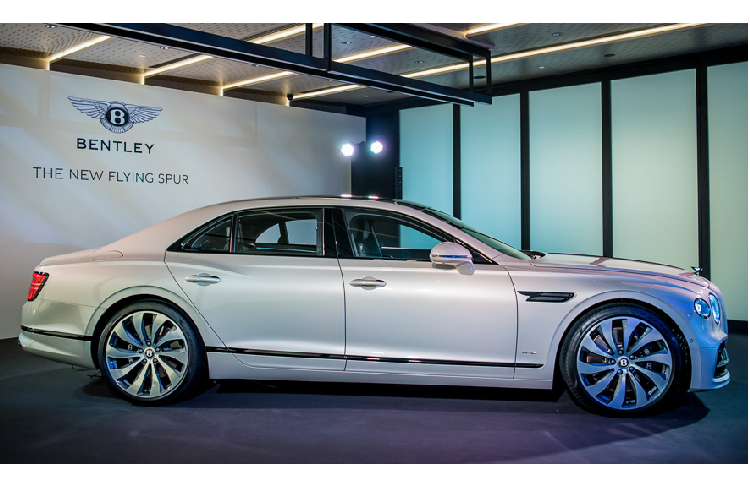 Sedan hang sang Bentley Flying Spur 2020 lan banh den Chau A-Hinh-2
