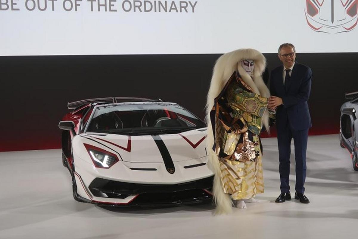 "Lamborghini Aventador SVJ Roadster ""hang doc"