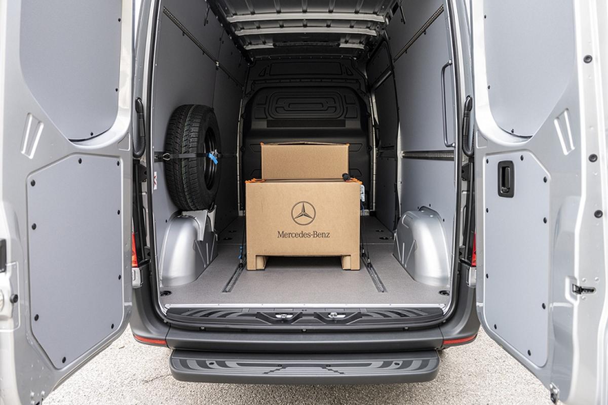 Xe dien Mercedes-Benz eSprinter chinh thuc ra mat-Hinh-7