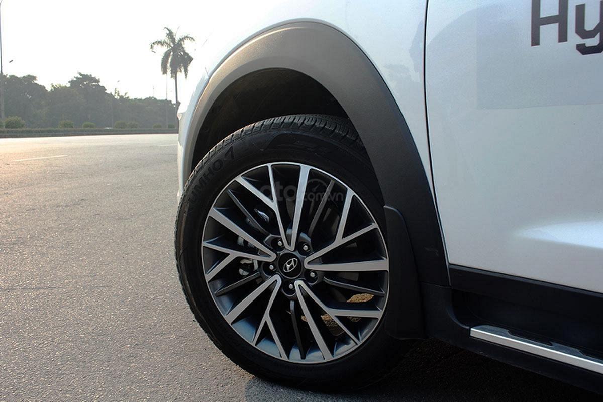 Hyundai Tucson 2020 co gi ha be Mazda CX-5 tai Viet Nam-Hinh-8