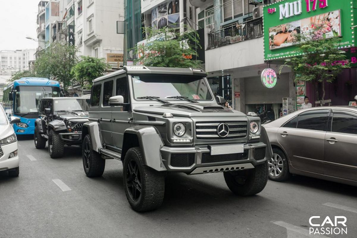 """""""Khung long"""" Mercedes G500 4×4² cua dai gia Campuchia o Sai Gon"""