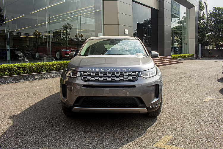 Xe Land Rover Discovery Sport S 2020 chinh hang 2,8 ty dong-Hinh-2
