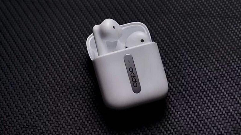 Tai nghe OPPO Enco Free thiet ke hop dung giong Apple AirPods-Hinh-2