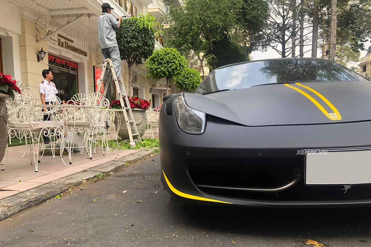 Cham mat sieu xe Ferrari 458 Spider hon 15 ty o Sai Gon-Hinh-6