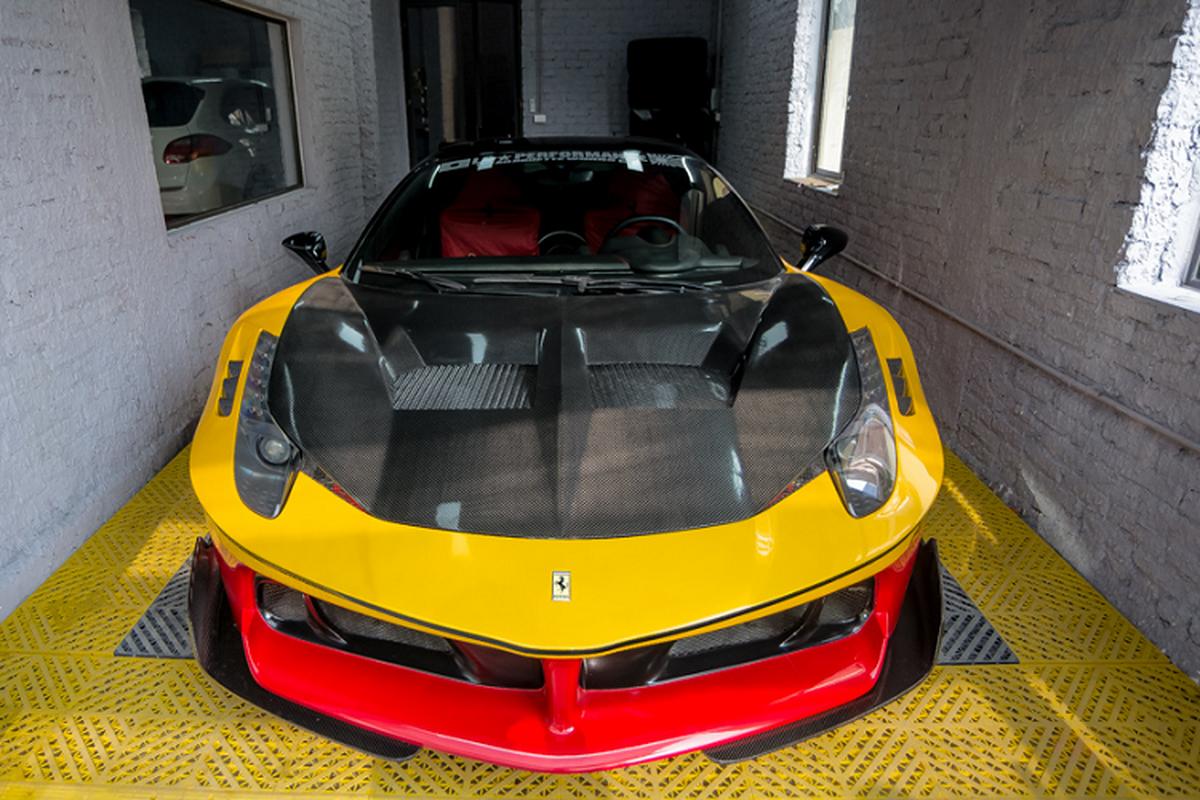 Ferrari 458 Italia do Liberty Walk Silhouette GT doc nhat VN