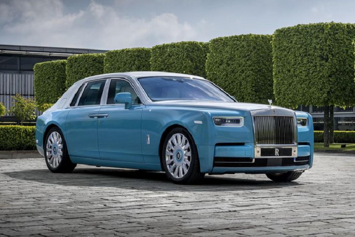 Mau xe nao giup Rolls-Royce dat doanh so ki luc sau 116 nam-Hinh-3