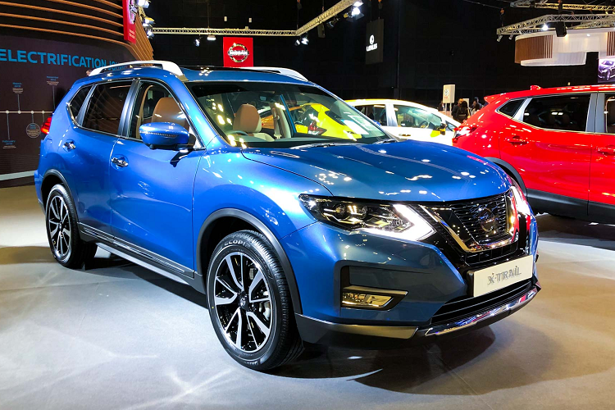 Nissan X-Trail 2020 sap ve Viet Nam toi 2,1 ty o Singapore