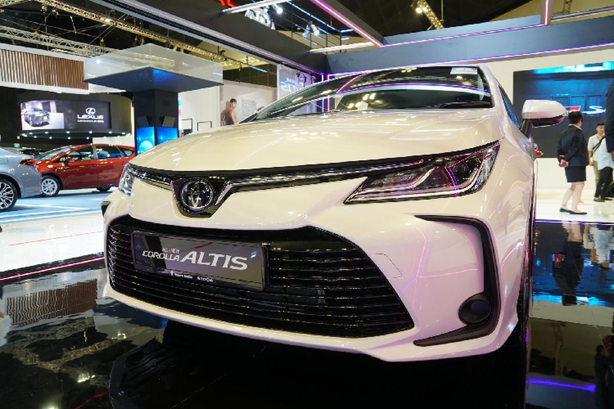 Toyota Corolla Altis gan 1,8 ty tai Singapore, gap doi Viet Nam-Hinh-5