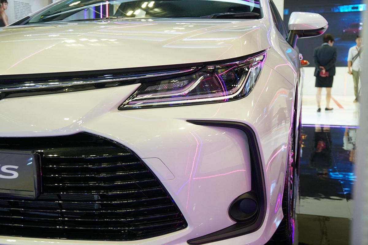 Toyota Corolla Altis gan 1,8 ty tai Singapore, gap doi Viet Nam-Hinh-6