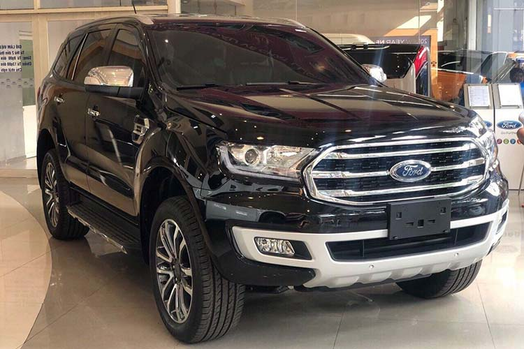 Can canh Ford Everest 2020 gan 1,2 ty dong tai Viet Nam