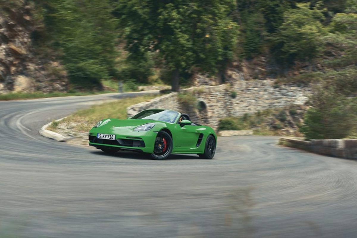 Sieu xe Porsche 718 GTS 4.0 moi tu hon 2 ty dong