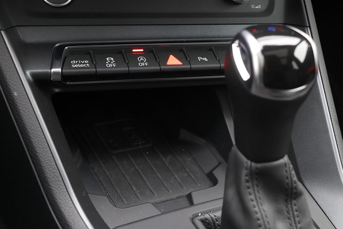 Danh gia Audi Q3 2020 tu 803 trieu dong tai My-Hinh-8