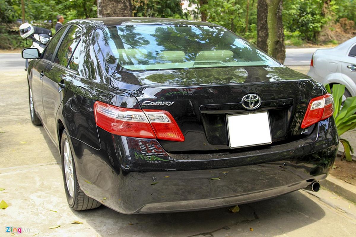Toyota Camry LE nhap My, hon 10 nam ban gan 600 trieu-Hinh-2
