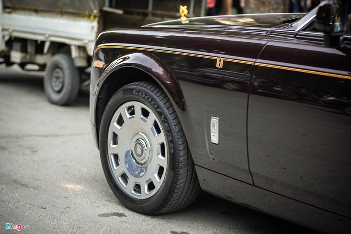 Xe sieu sang Rolls-Royce Phantom xap xi 100 ty o Ha Noi-Hinh-5