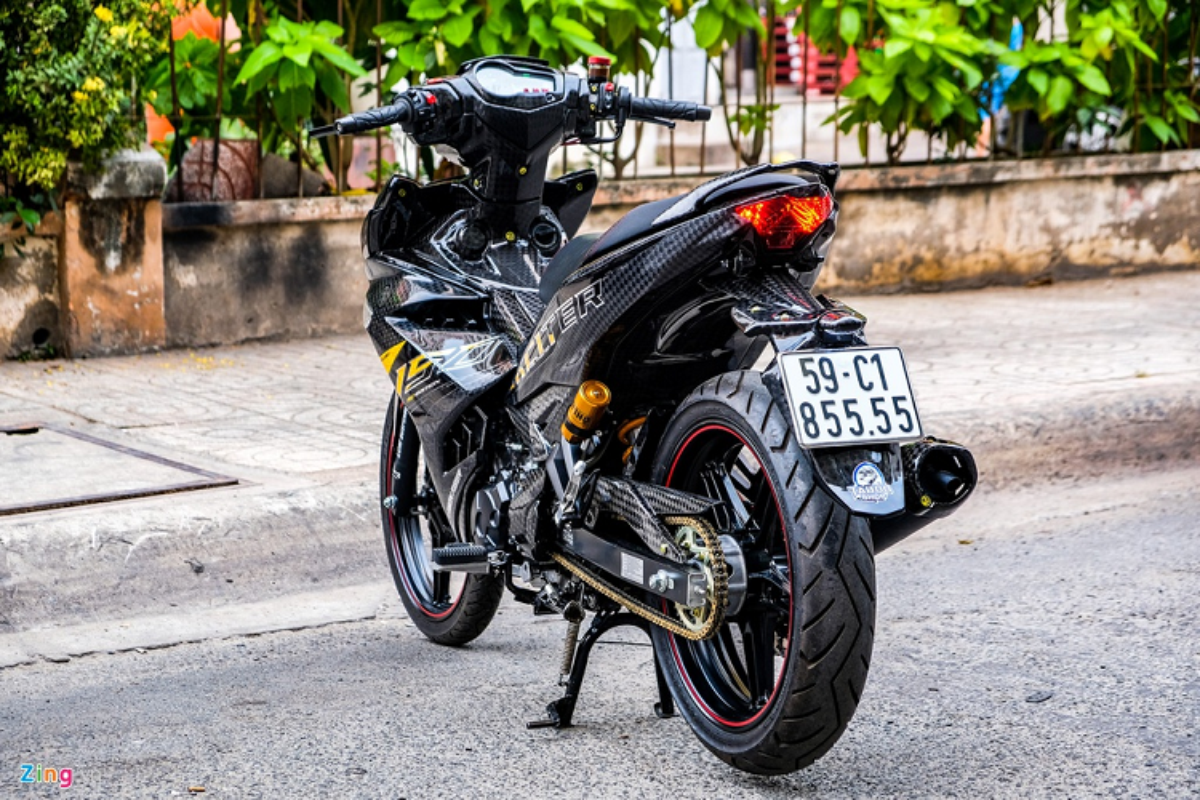 Yamaha Exciter 150 do carbon, phu kien tram trieu o Sai Gon-Hinh-3