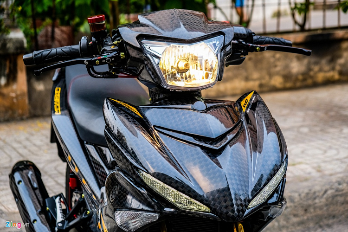 Yamaha Exciter 150 do carbon, phu kien tram trieu o Sai Gon-Hinh-5