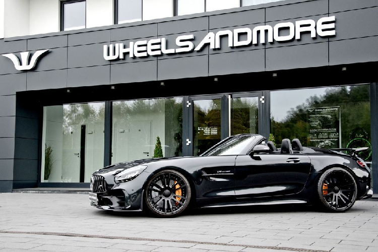 """Mercedes-AMG GT R Roadster """"boc may"""", do cong suat cuc khung"""