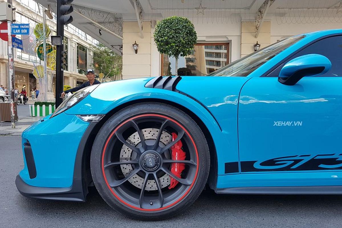 Porsche 911 GT3 RS do dang Lamborghini Huracan o Sai Gon-Hinh-3