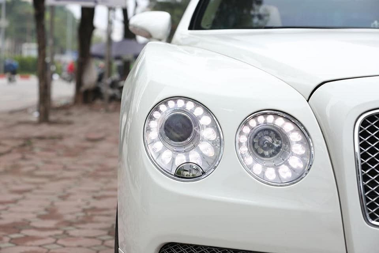 Can canh xe sang Bentley Flying Spur chi 3 ty dong o Ha Noi-Hinh-6
