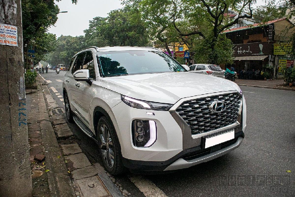 Xe Hyundai Palisade tien ty lan banh tren pho Ha Noi-Hinh-2