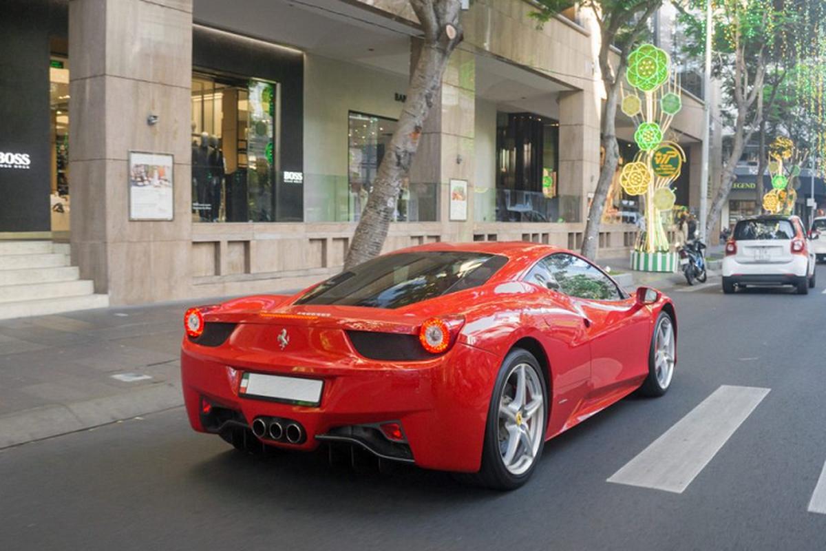 Sieu xe Ferrari 458 Italia tien ty tren pho Sai Gon-Hinh-3