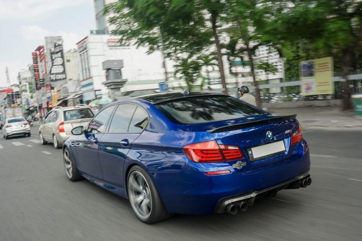 Chi tiet BMW M5 F10 doc nhat Viet Nam tren pho Sai Gon-Hinh-8