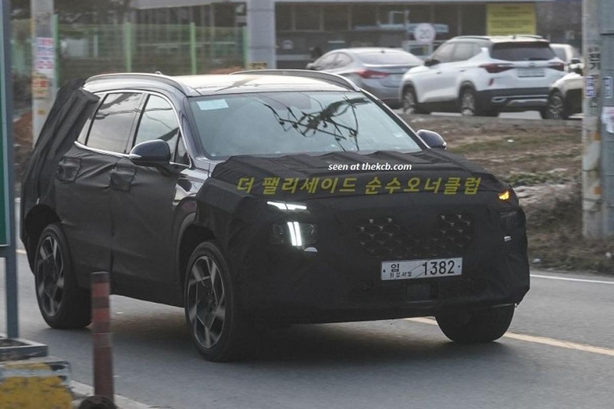 Hyundai SantaFe 2021 phien ban nang cap he lo ngoai hinh-Hinh-4