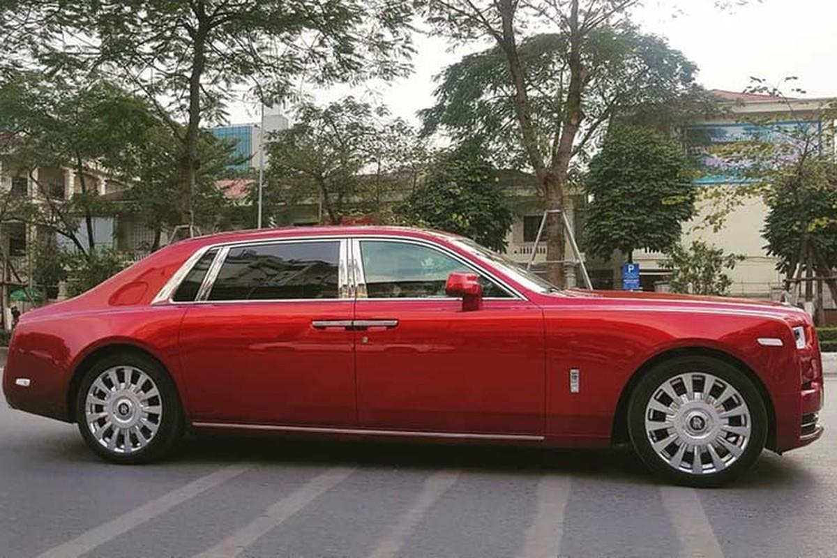 Xe sang Rolls-Royce Phantom VIII va Cullinan hon 100 ty o Ha Noi-Hinh-4