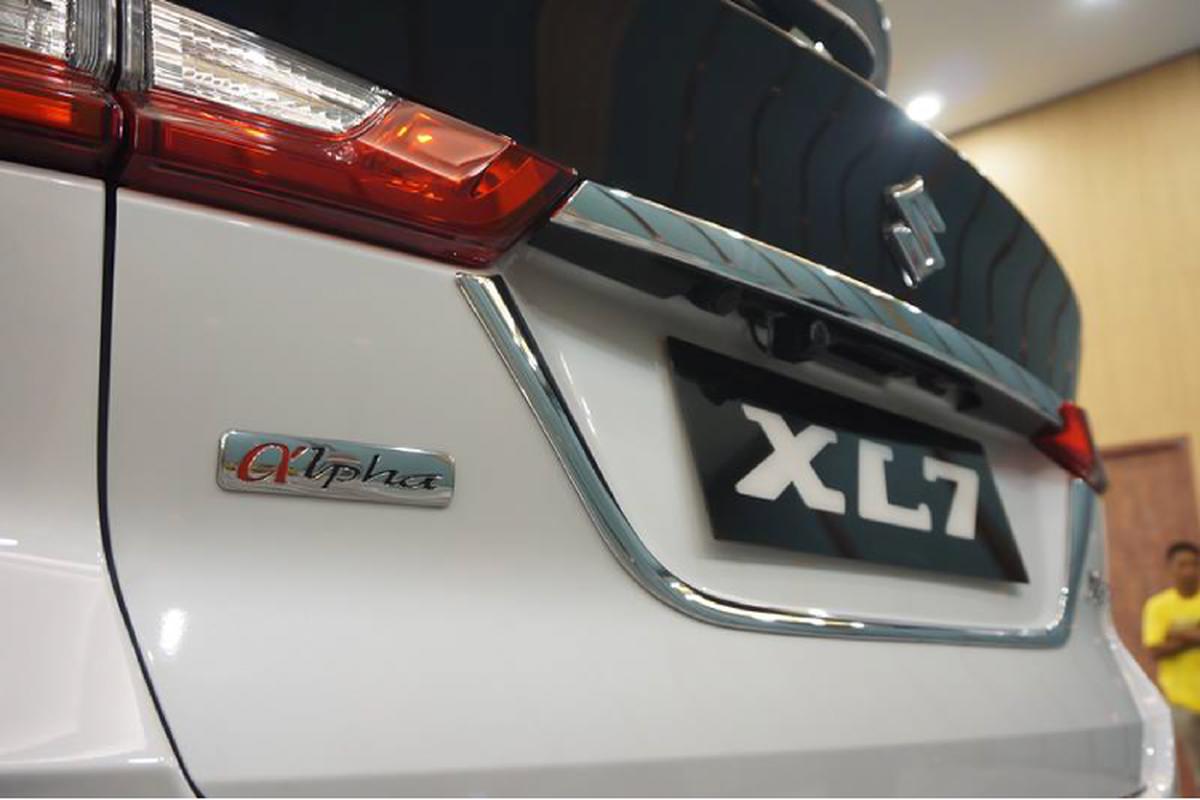 Suzuki XL7 tu 390 trieu dong tai Indonesia, sap ve Viet Nam-Hinh-2