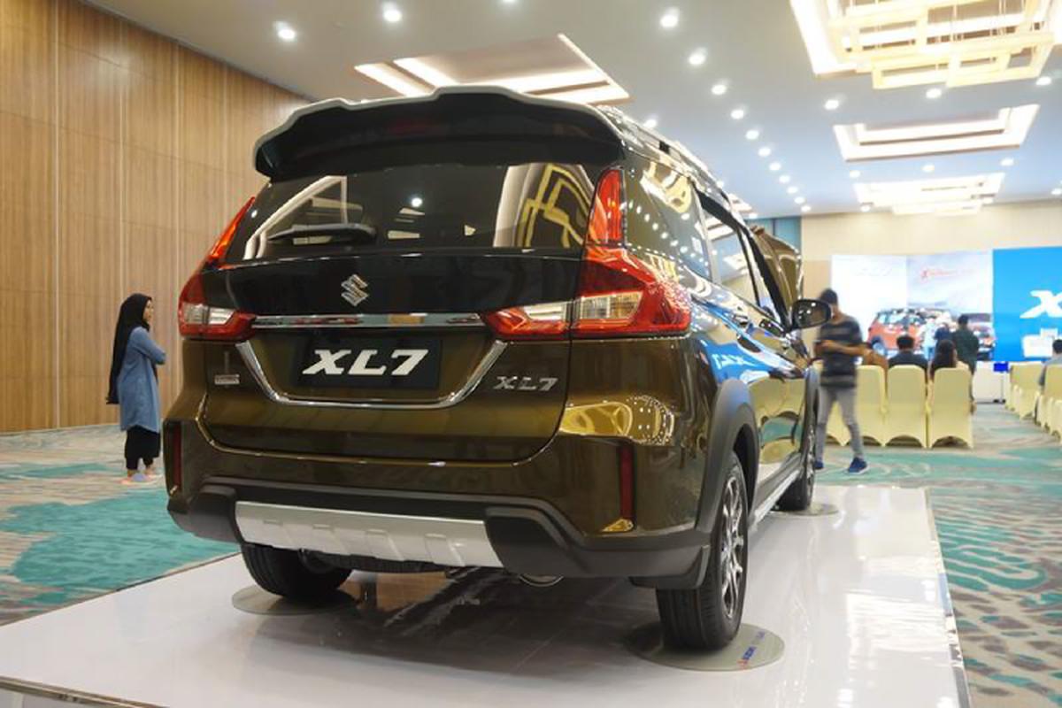 Suzuki XL7 tu 390 trieu dong tai Indonesia, sap ve Viet Nam-Hinh-3