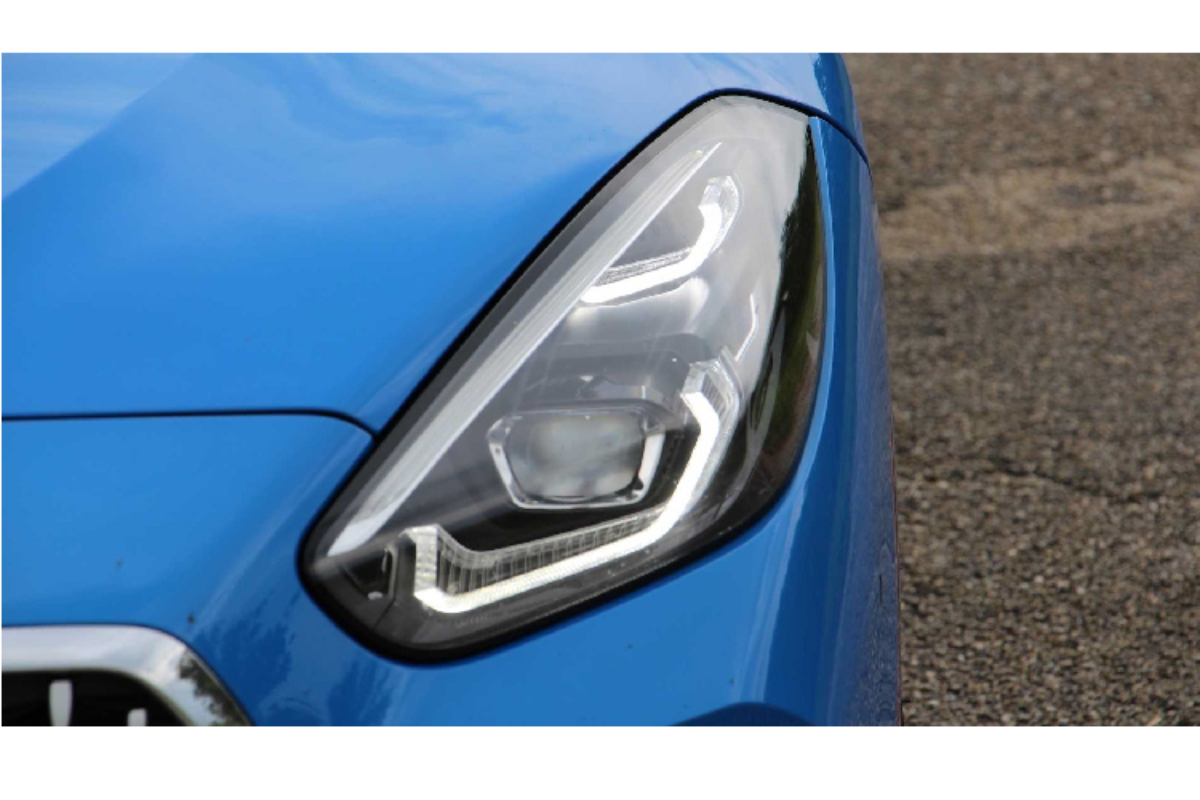 BMW Z4 ban sDrive30i M-Sport khong duoi 3 ty tai Viet Nam-Hinh-4