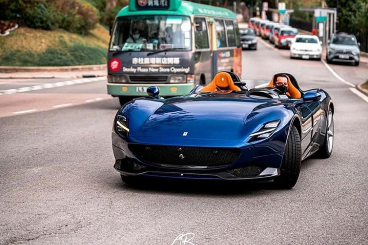 Dai gia Hong Kong tau sieu xe Ferrari Monza giua tam bao corona
