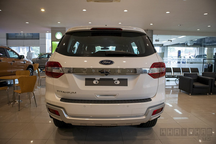 Ford Everest 2020 tu 999 trieu