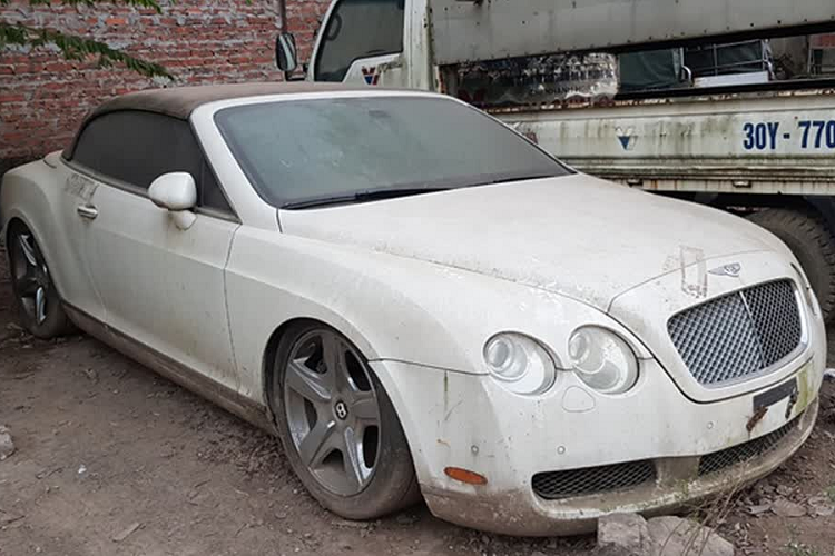 Xe sieu sang Bentley Continental vo nat