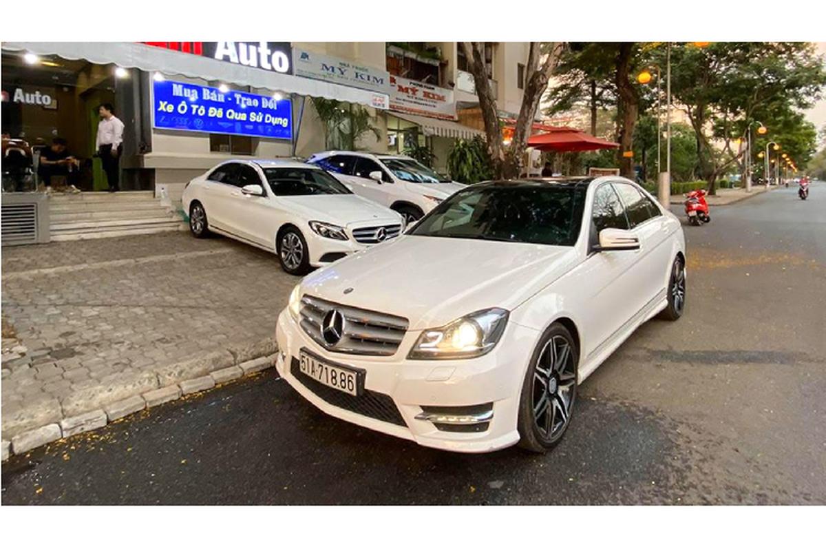 Can canh Mercedes-Benz C300 AMG Plus chi 860 trieu o Sai Gon