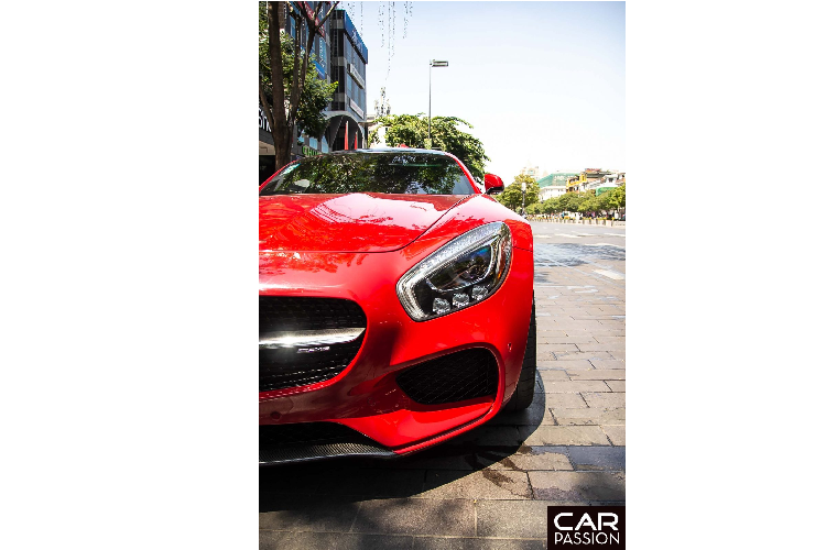 Mercedes-AMG GT-S hon 9 ty,