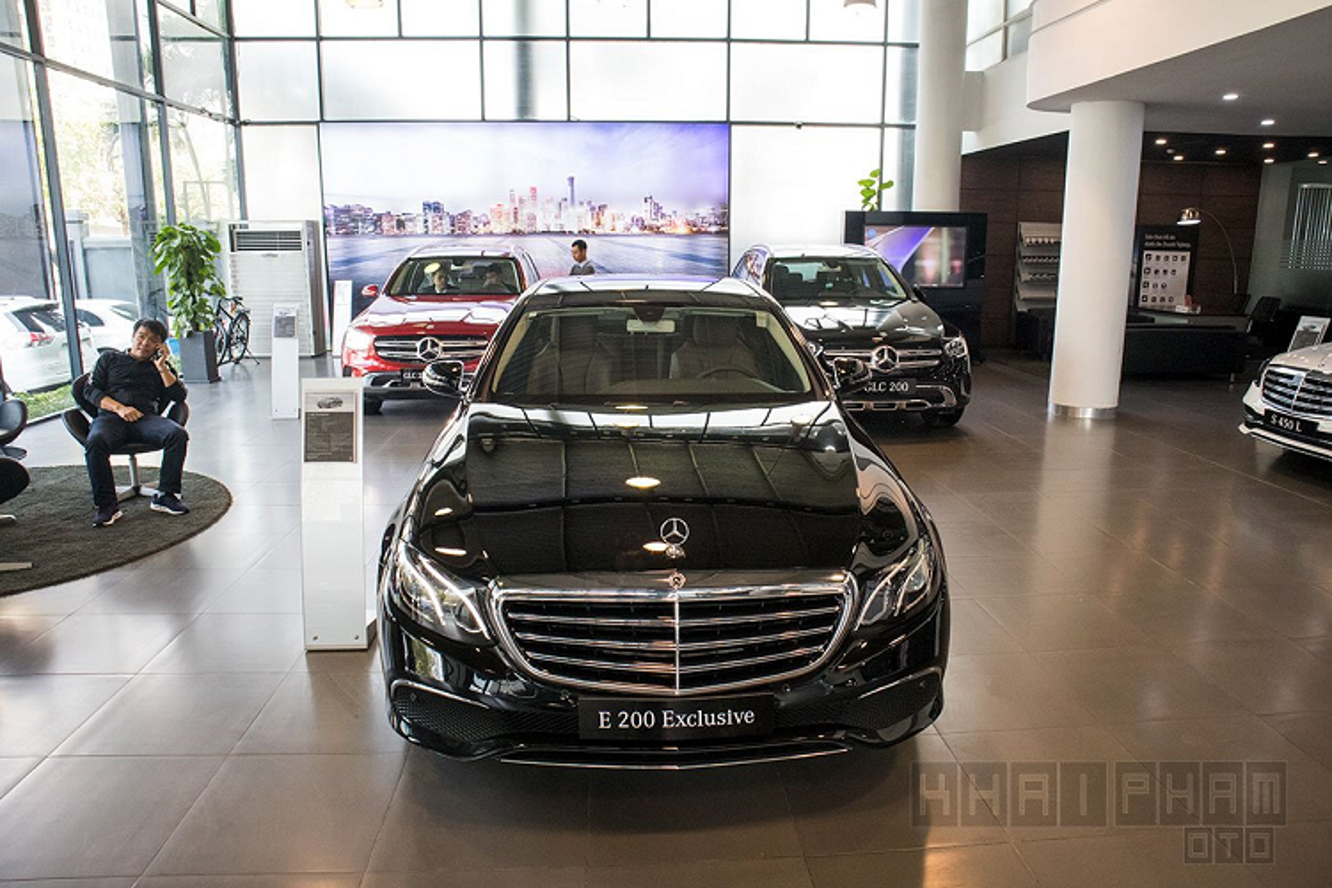 Chi tiet Mercedes-Benz E200 Exclusive hon 2 ty tai Ha Noi-Hinh-2