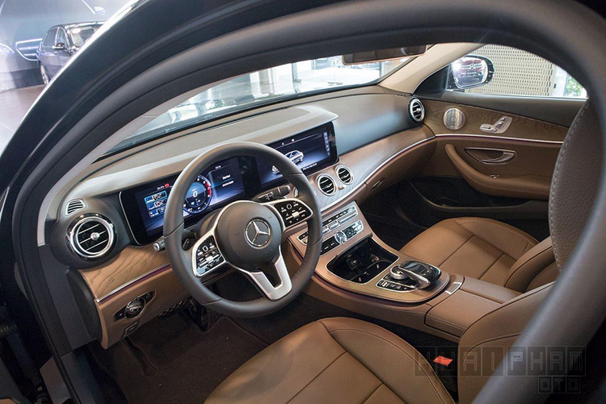 Chi tiet Mercedes-Benz E200 Exclusive hon 2 ty tai Ha Noi-Hinh-4