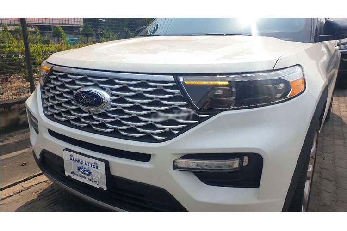 Can canh Ford Explorer Platinum 2020 hon 4 ty tai Viet Nam-Hinh-9