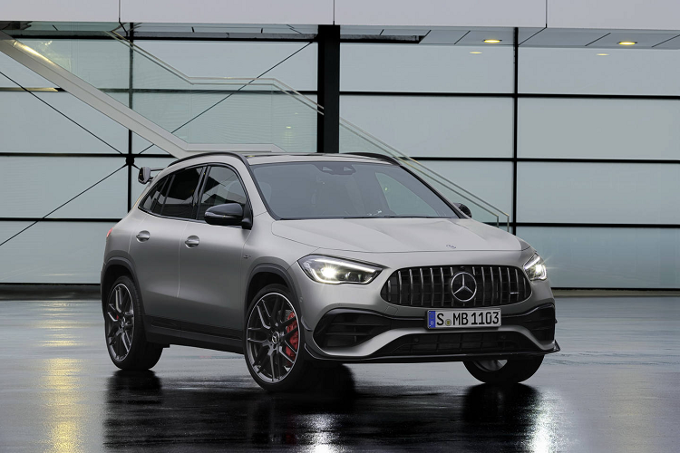 "Crossover Mercedes-AMG GLA 45 2021 ""noi cong"" 415 ma luc"