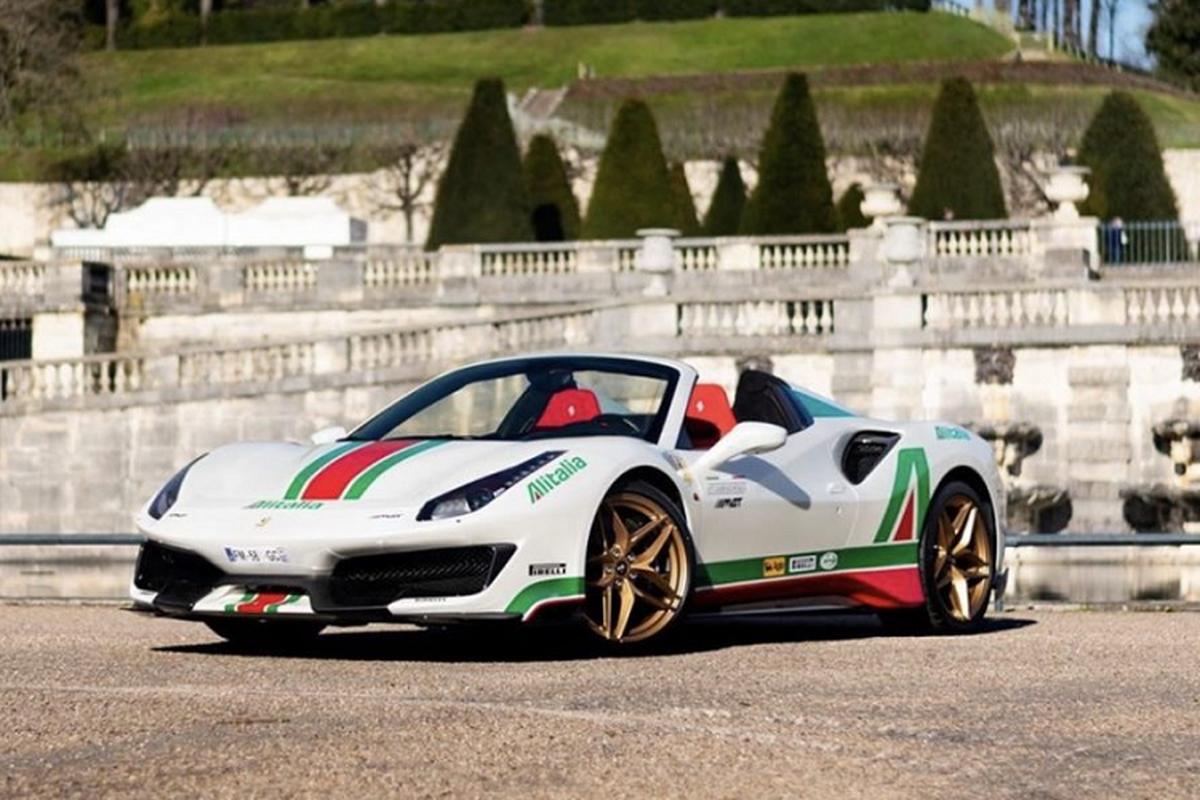 Sieu xe Ferrari 488 Pista Spider Alitalia phong cach Lancia Stratos