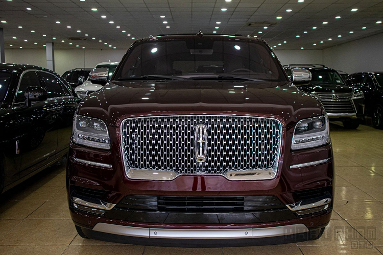 Lincoln Navigator Black Label 2020 hon 8 ty dong ve Viet Nam