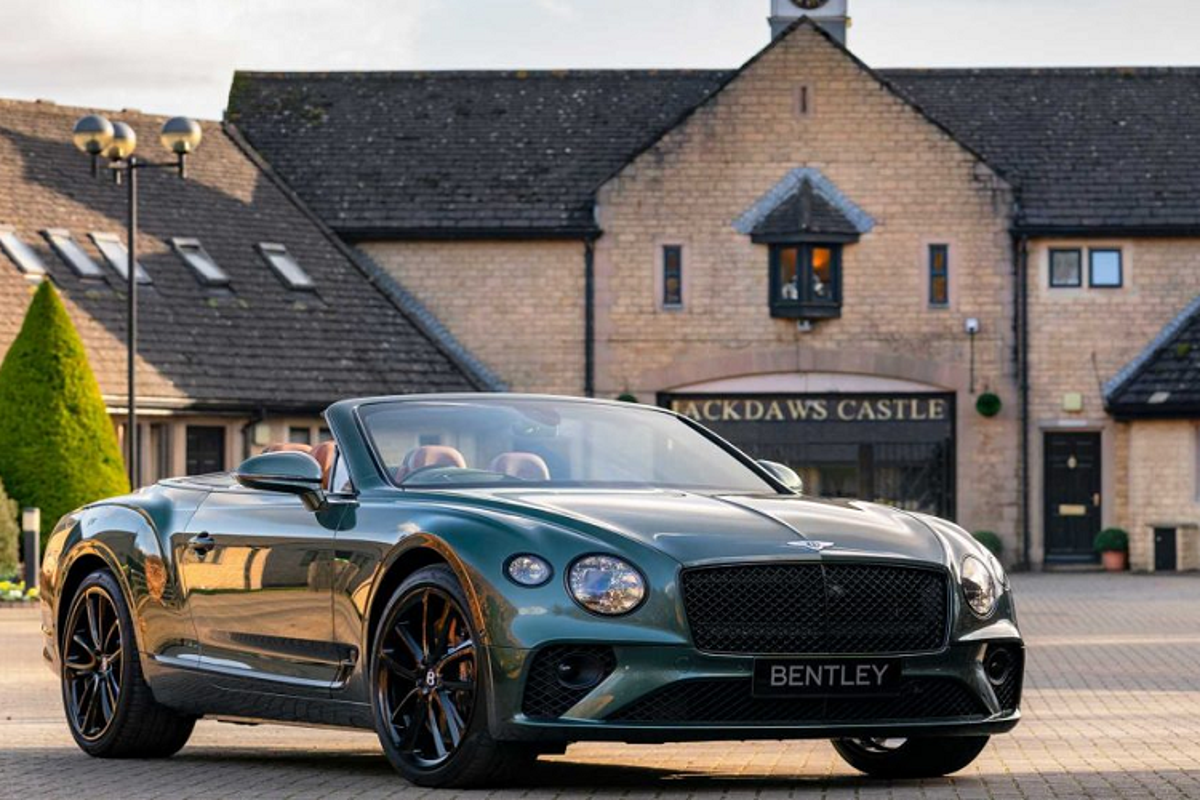 "Ra mat Bentley Continental GT Convertible dac biet ""Equestrian""-Hinh-7"