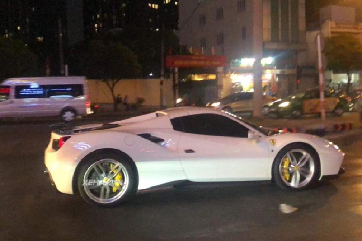 """Ruot duoi"" sieu xe Ferrari 488 Spider hang hiem o Sai Gon-Hinh-3"
