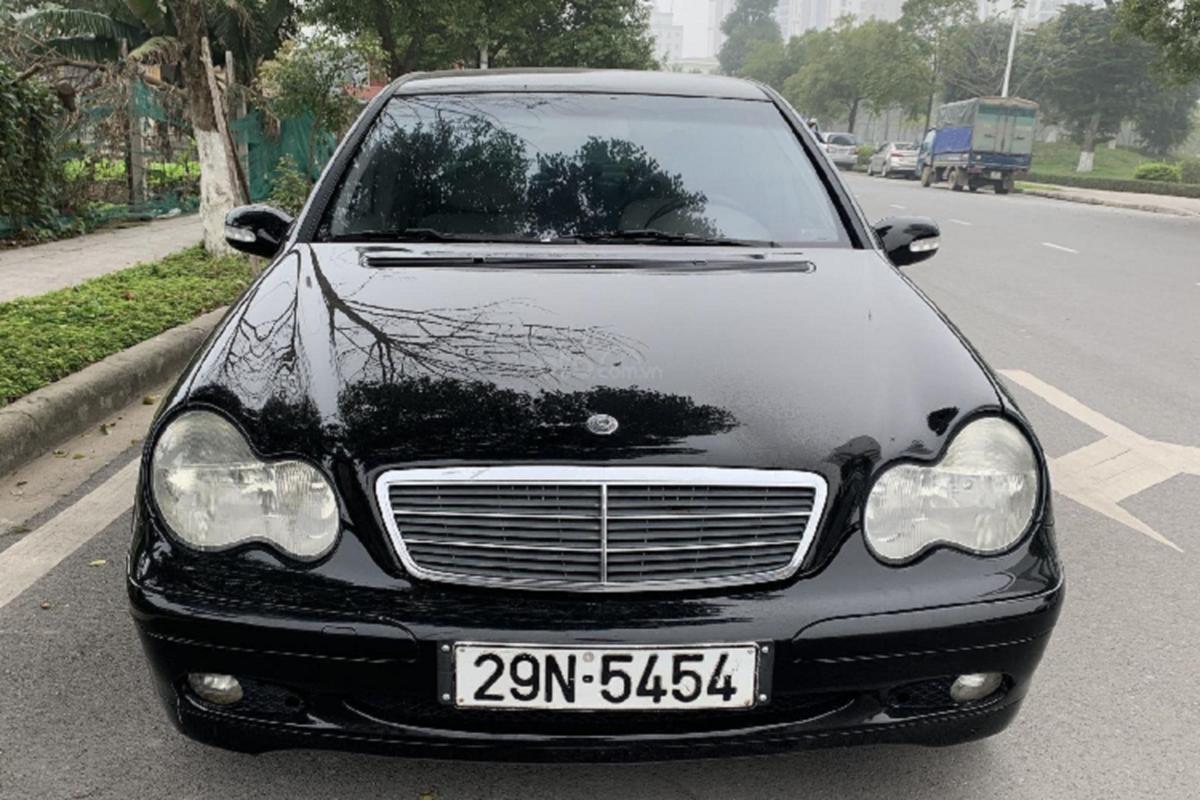 Xe sang Mercedes C 180 cu chi 175 trieu dong tai Ha Noi-Hinh-4