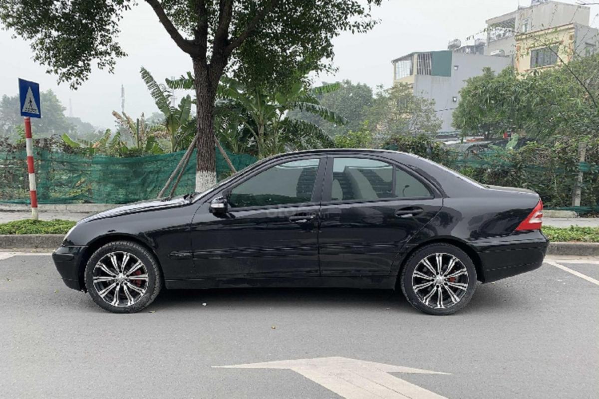 Xe sang Mercedes C 180 cu chi 175 trieu dong tai Ha Noi-Hinh-8