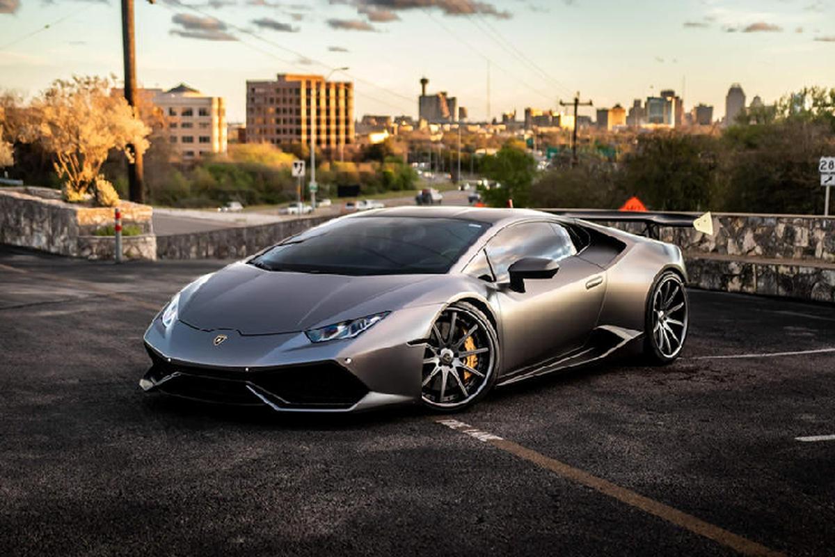 Sap co sieu xe Lamborghini Huracan dau tien dung hop so san