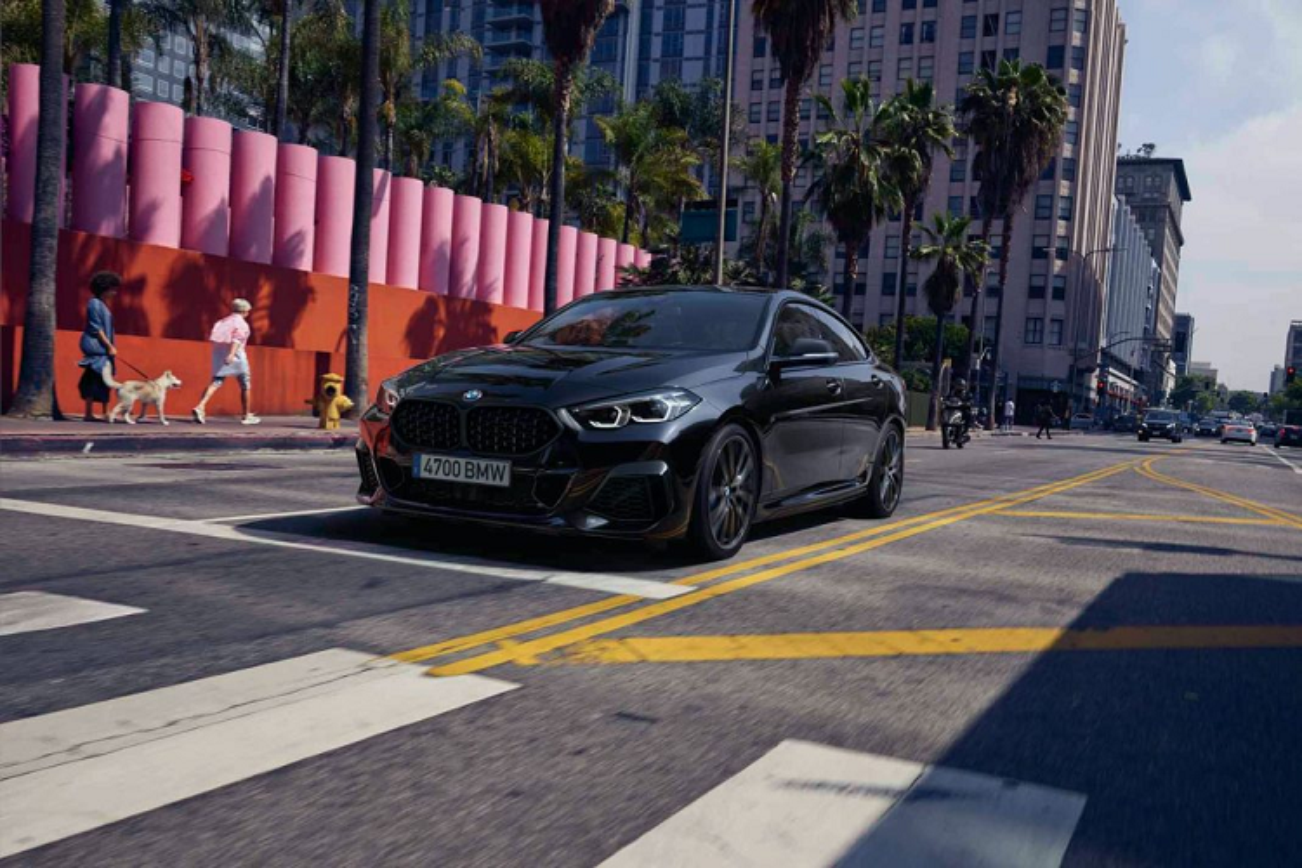 BMW 2-Series Gran Coupe Black Shadow Edition mo ban online-Hinh-7